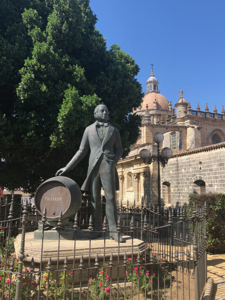 Statue of Tio Pepe outside the eponymous bodega, Jerez